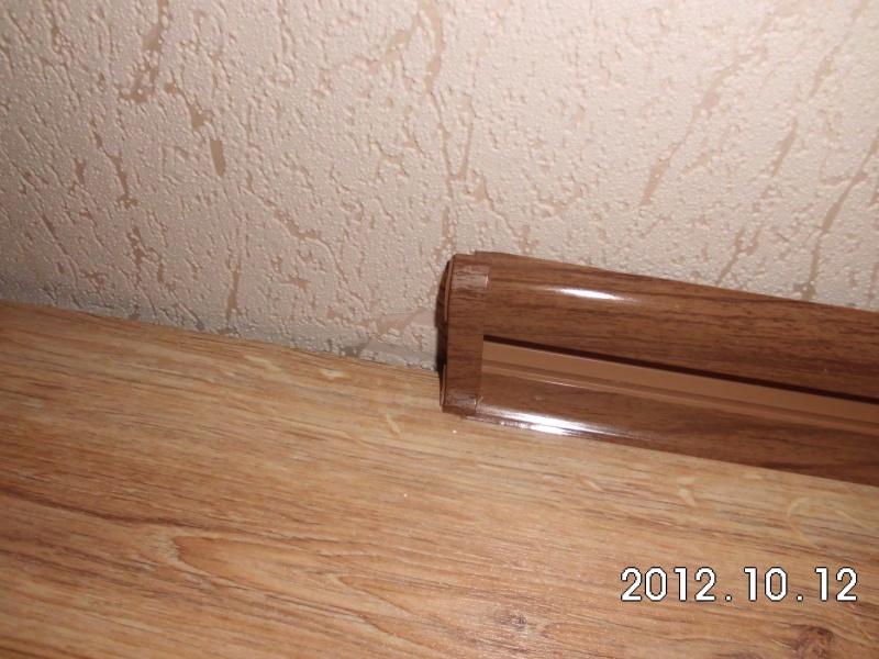 Ремонт квартиры своими руками - Установка пластикового плинтуса
